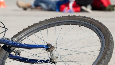 Elütött egy kerékpárost a karcagi férfi, majd sorsára hagyta