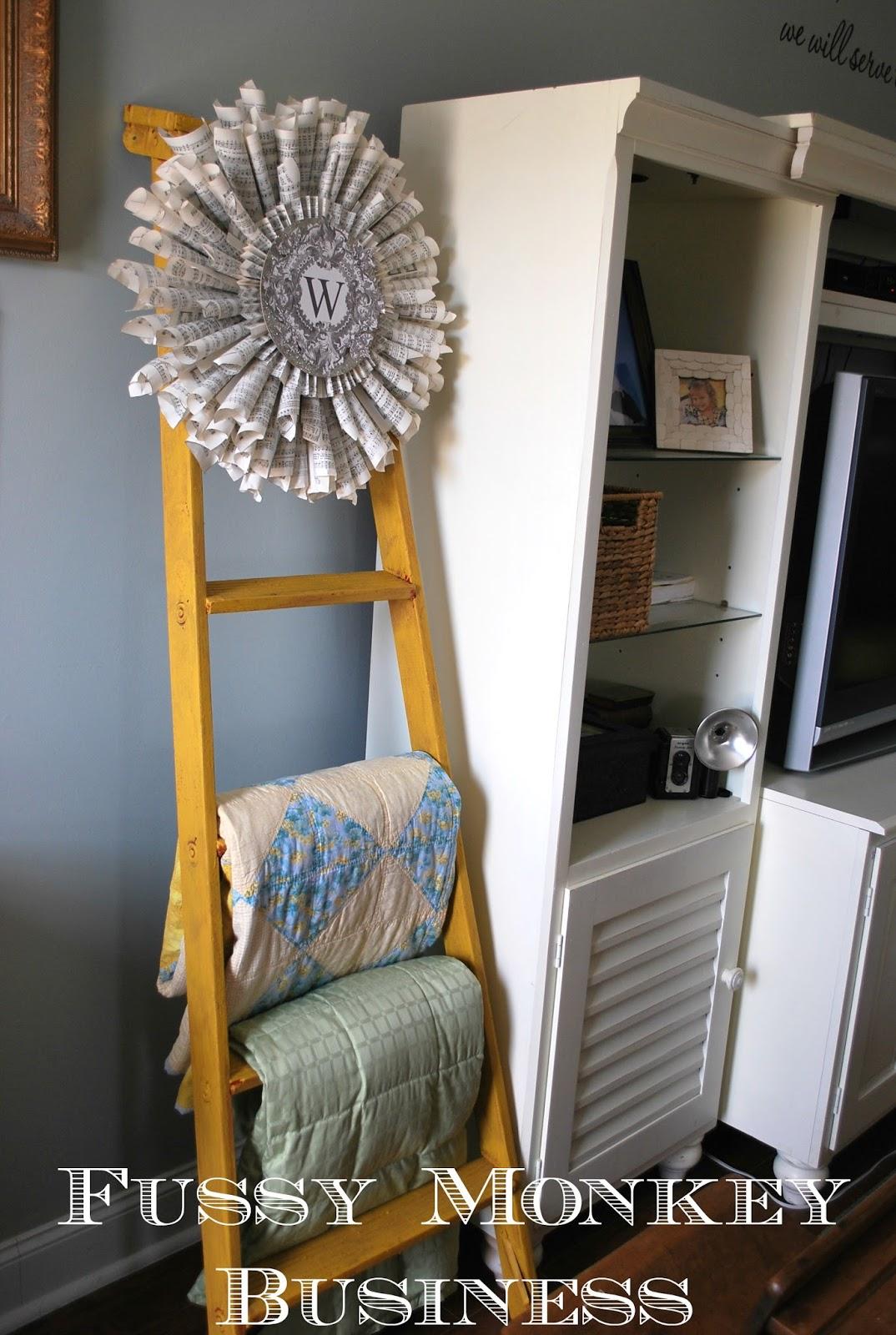 Fussy Monkey Business: Ladder Quilt Rack