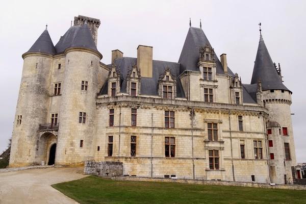 france charente château rochefoucauld