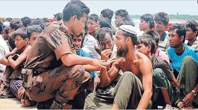 """Tangisan Muslim Rohingya: """"Kami tak Punya Makanan, Tak Ada yang Bantu Kami di Sini"""""""