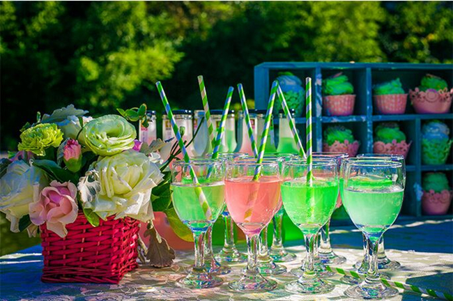 pink and green wedding cocktails
