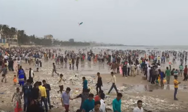 Praia de chowpatty na Índia