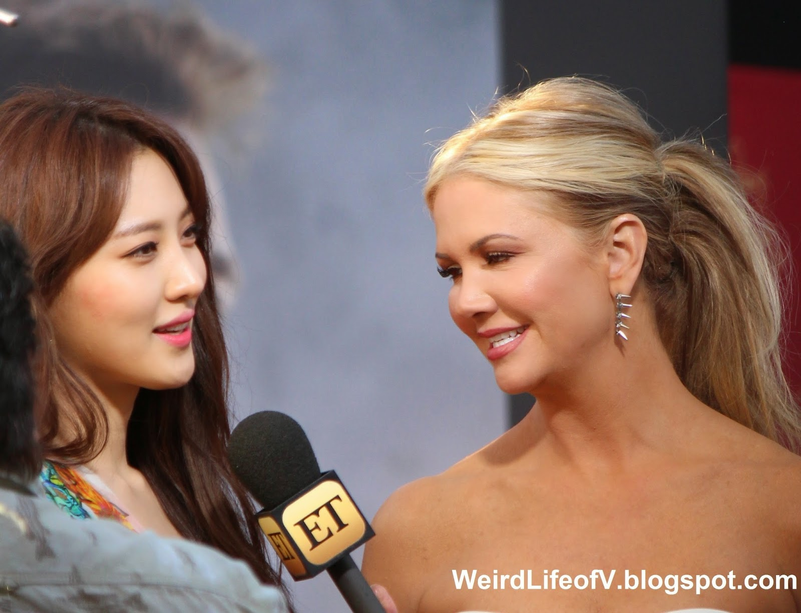 Claudia Kim being interviewed by Nancy O'Dell from Entertainment Tonight