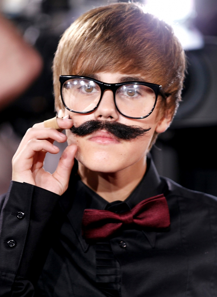 funny faces of justin bieber - photo #5