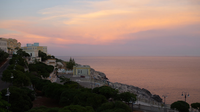 Santa Cesarea Terme bei Sonnenuntergang (Apulien)