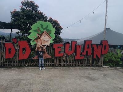 D'Dieuland, Tempat Wisata Bandung Yang Cocok Untuk Liburan Bersama Keluarga