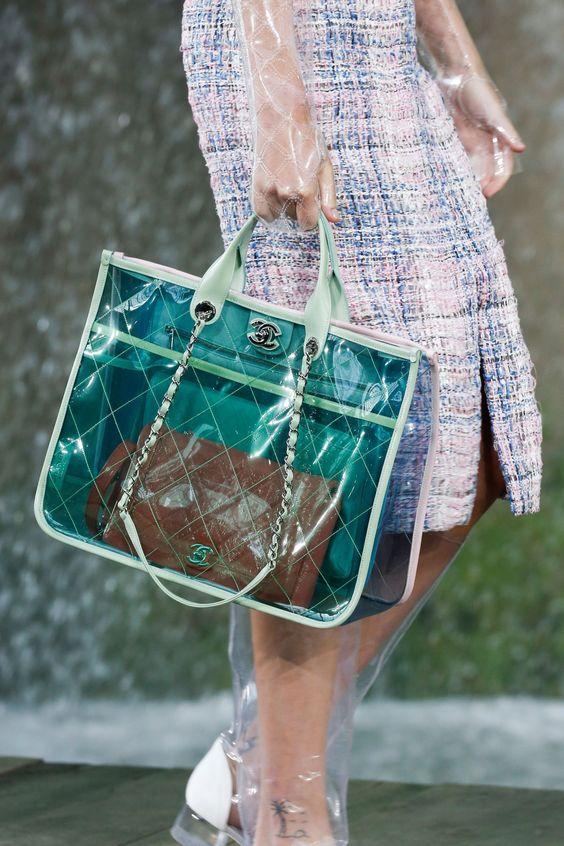 duas bolsas em um mesmo look é tendência - Blog Cris Felix