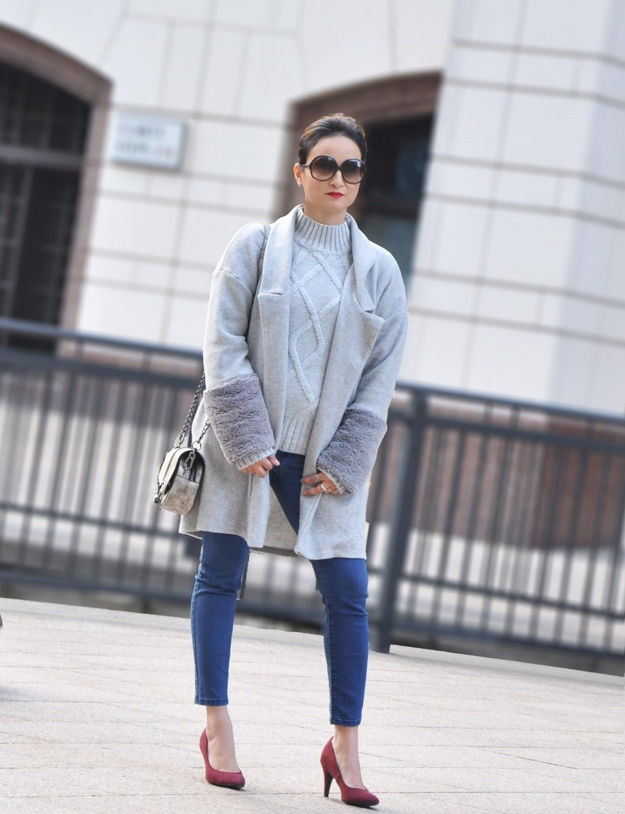 gray metallic bag