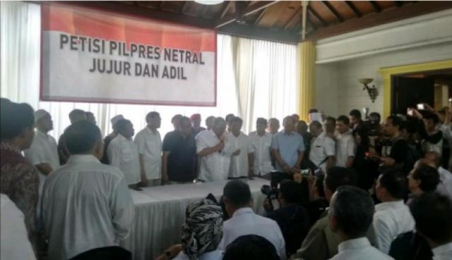 Petisi Netralitas TNI-Polri Tanda Ketidakberesan Rezim