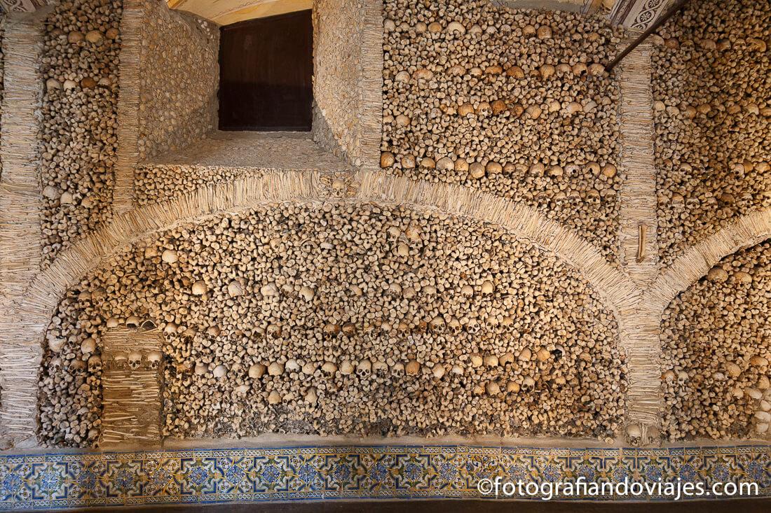 Capilla de los huesos de Evora