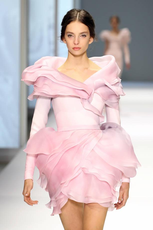 buy popular d690a ac3f6 Rosa quarzo, il colore del 2016: ispirazione vestiti e ...