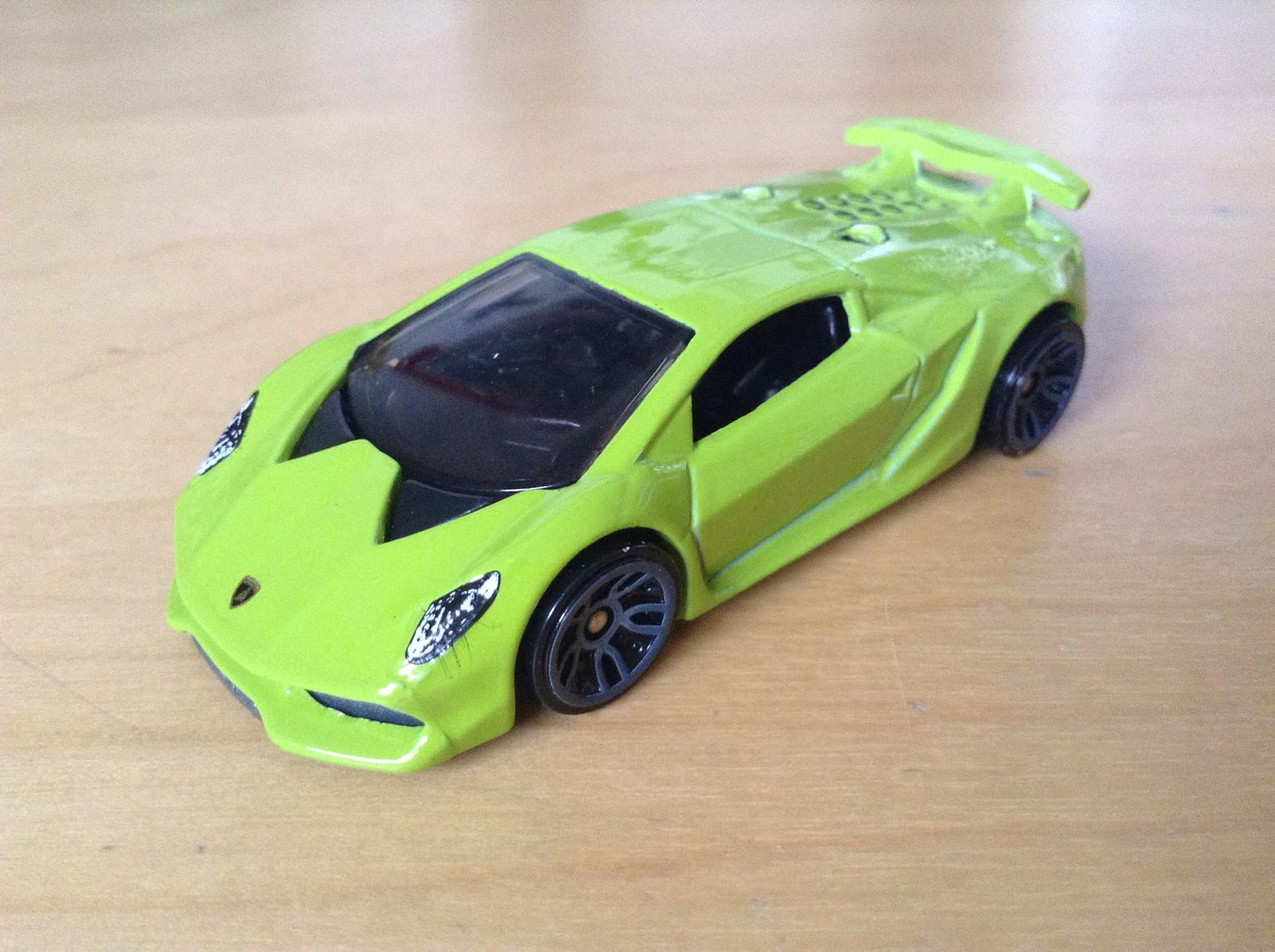Julian S Hot Wheels Blog Lamborghini Sesto Elemento 2015 Night