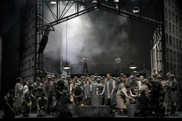 Meyerbeer: Le prophète - Deutsche Oper Berlin(Photo Bettina Stöß)