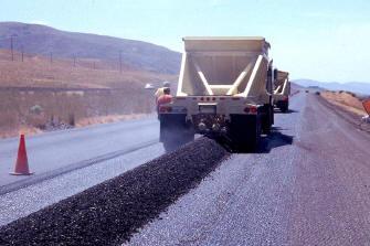 Motores y carreteras en el transporte del asfalto existe for Motores y vehiculos nj