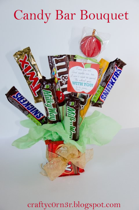 http://craftyc0rn3r.blogspot.com/2013/09/candy-bar-bouquet.html