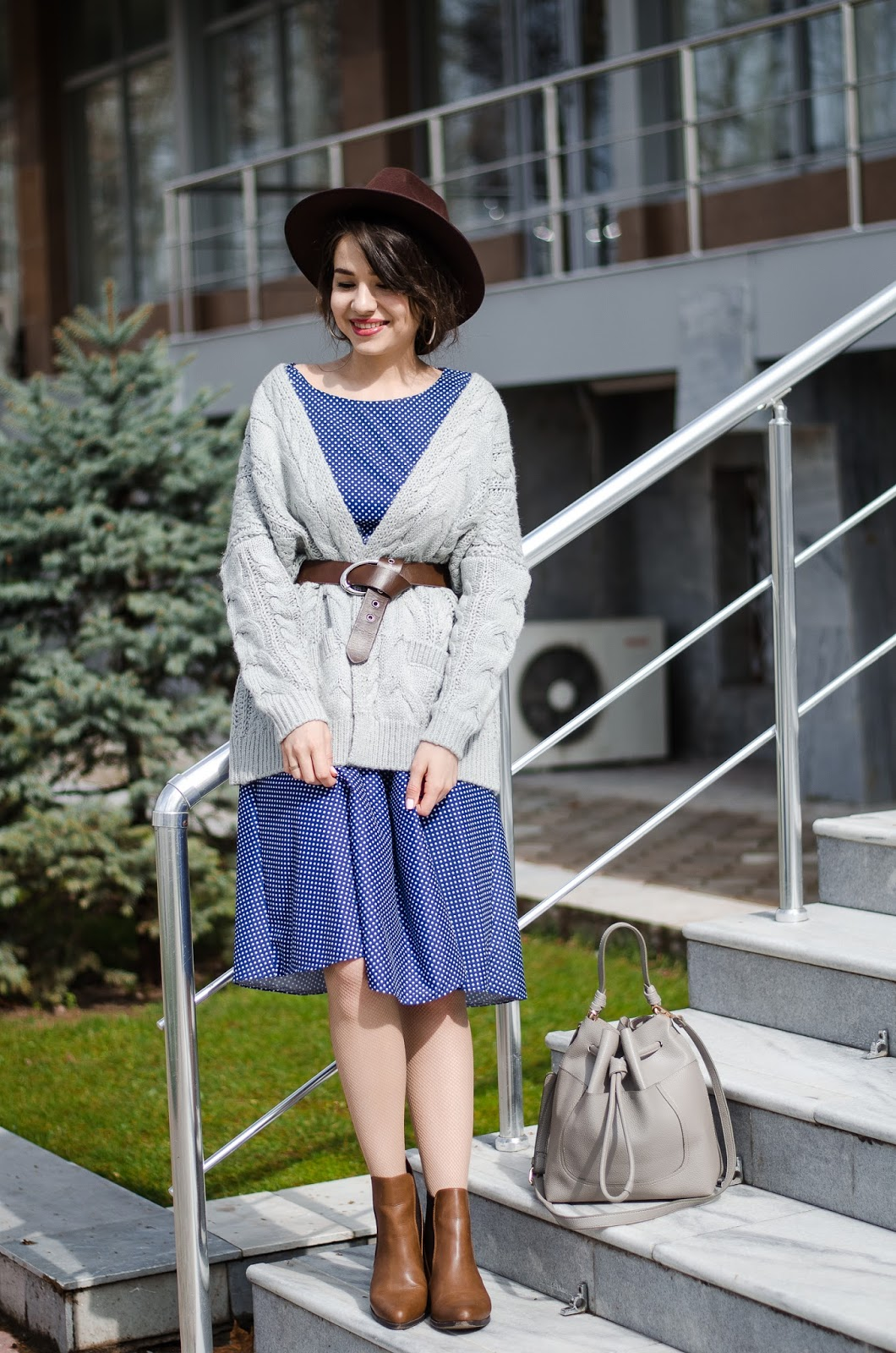fashion blogger diyorasnotes diyora beta polka dot dress knitted cardigan