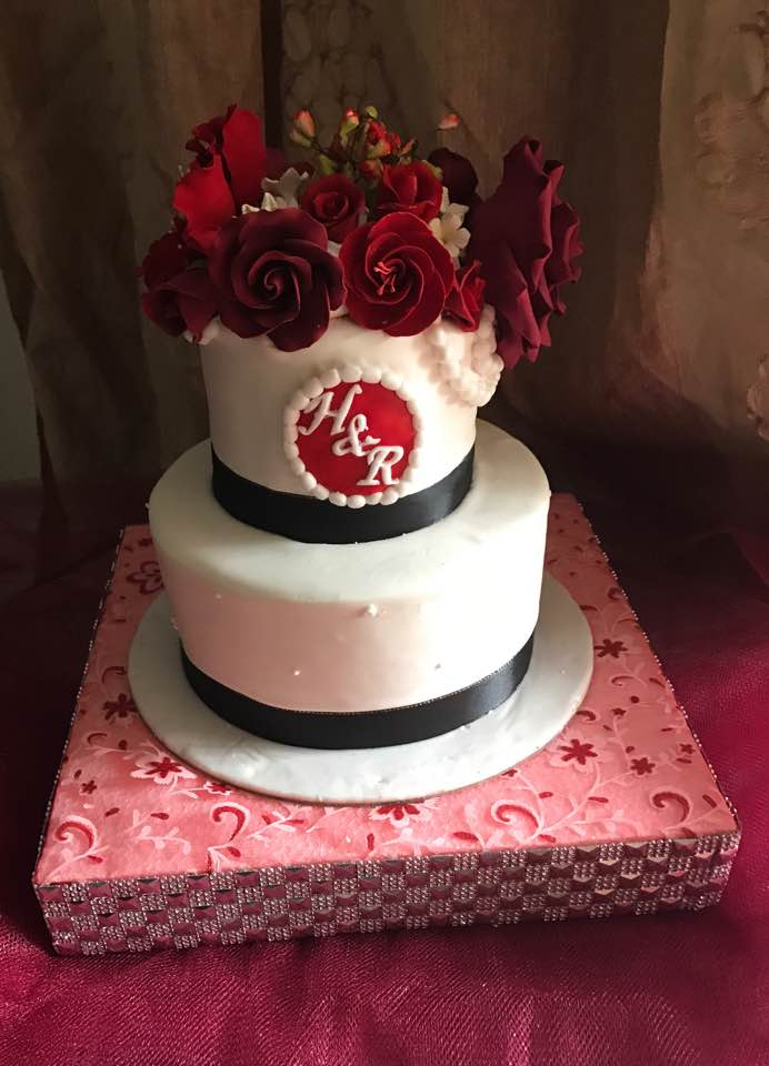 halal wedding cake singapore izah s kitchen 2 tiered wedding cake halal wedding cake 15036