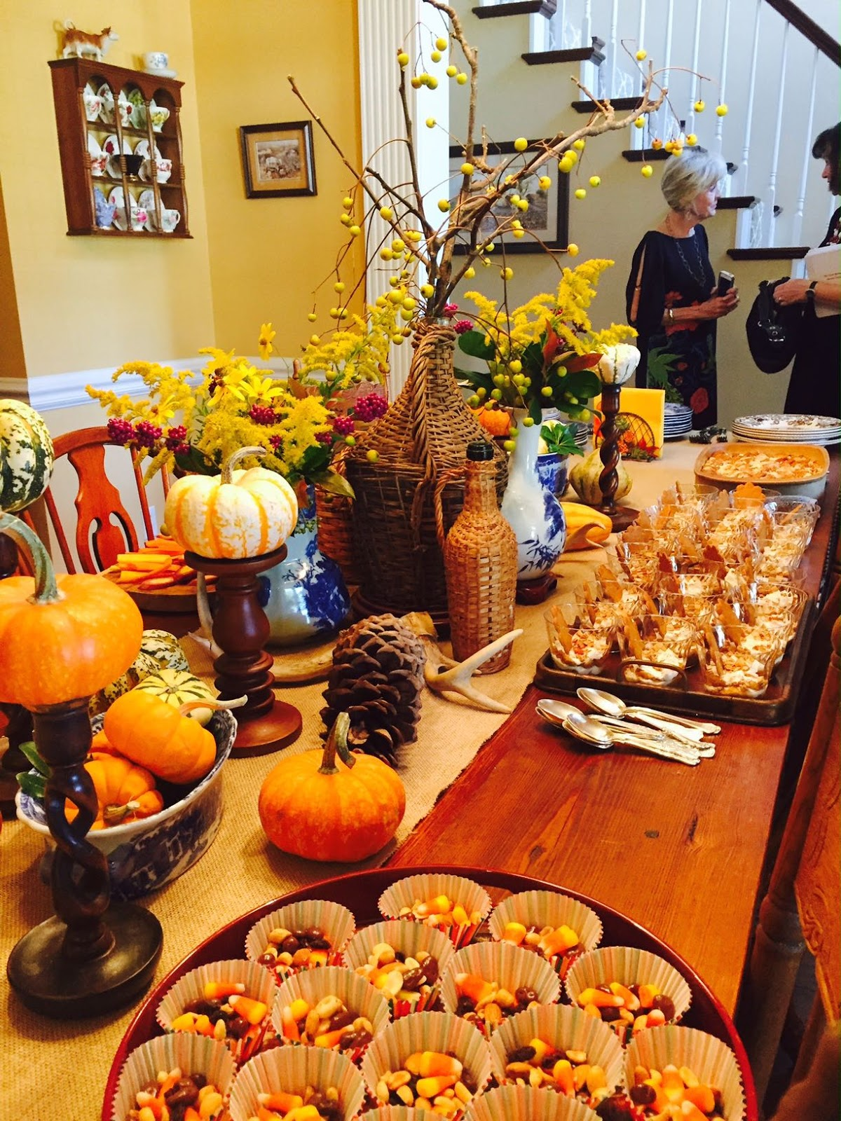 September Decorating Ideas fall entertaining - living with thanksgiving