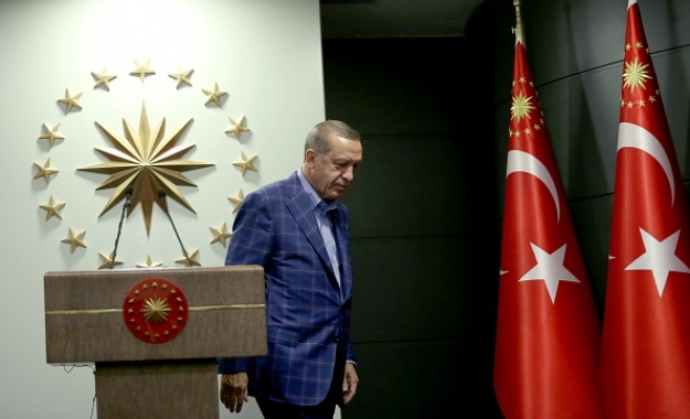 Τι σημαίνει η (μη θριαμβευτική) νίκη του«Evet» και του Ερντογάν