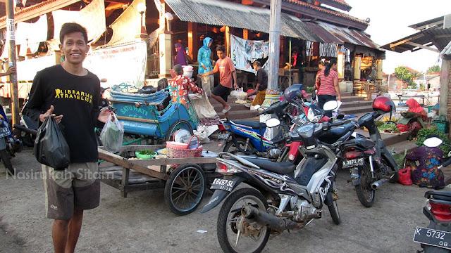 Berkunjung Ke Pasar Apung Jepara Nasirullah Sitam