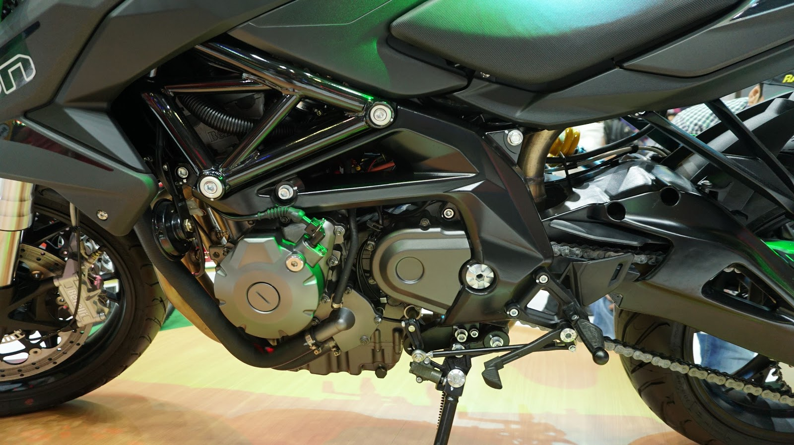 Benelli BN600i ABS