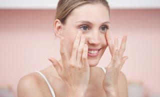Mejorar las bolsas de los ojos