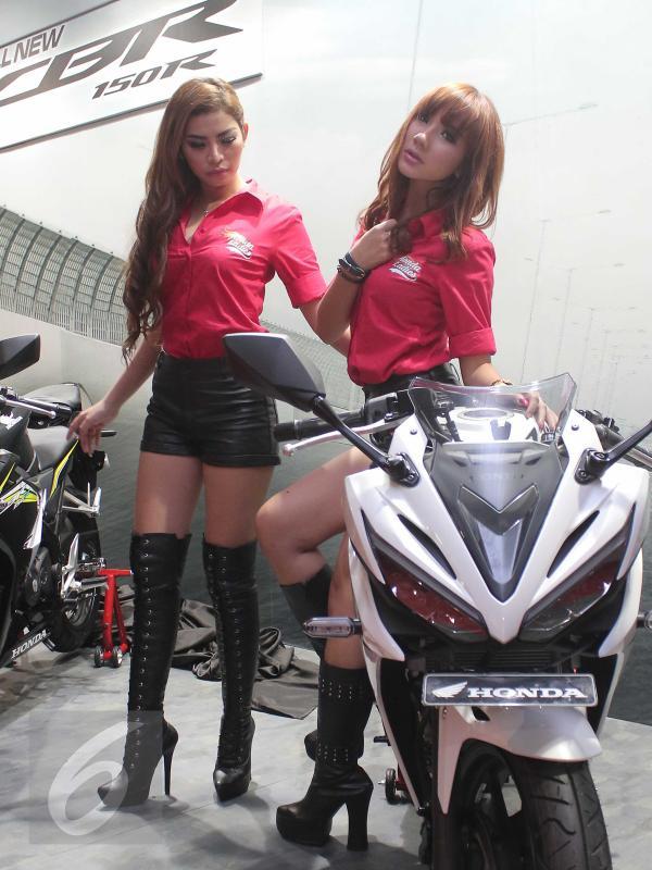 Foto SPG Seksi Honda