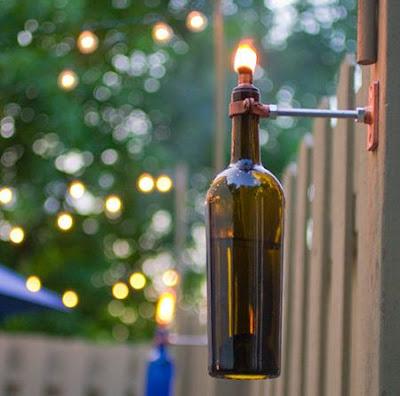 Botella de vino reciclada para decorar la casa