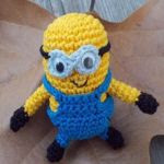 http://kerook.eu/wp-content/uploads/sites/2/2014/07/Minion-Pattern.pdf