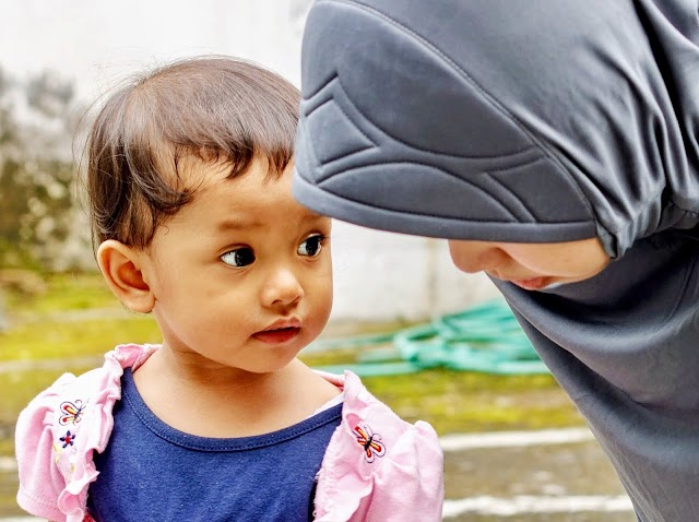 Hati Ibu, Sekolah bagi Anak