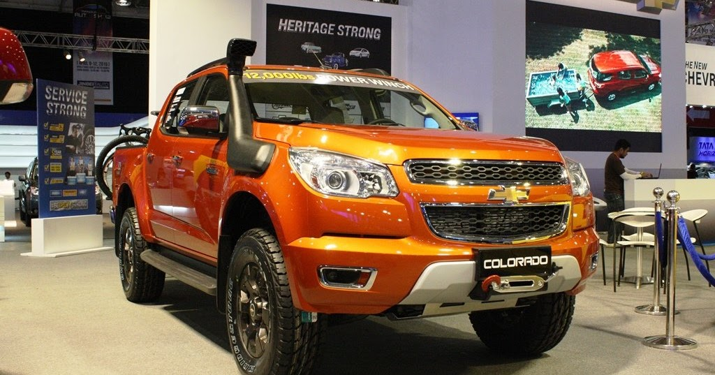 MIAS 2015: Chevrolet Adds Off-Road Ready Colorado Tracker ...