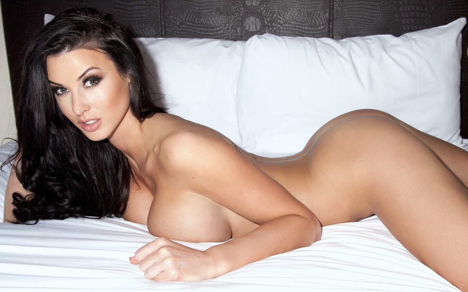 Alice Goodwin - Sexy Big Boobs