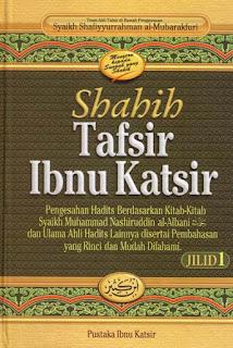 (Foto Adalah Sebuah Kitab Hasil Karya Ibnu Katsir.Didalamnya Terkandung Sumber Rujukan)