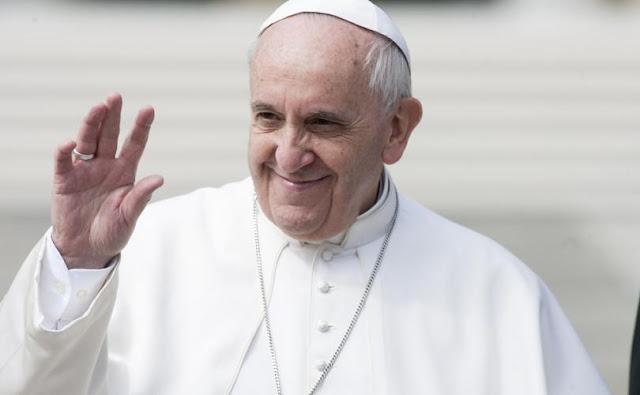 Πάπας Φραγκίσκος: «Ο Θεός σε έκανε ομοφυλόφιλο και σε αγαπάει όπως είσαι»
