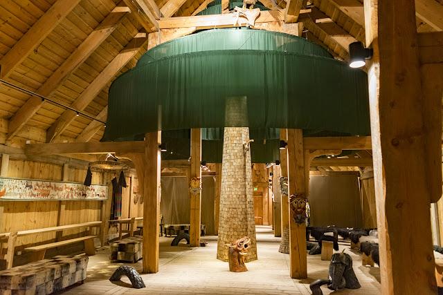 Lofotr Vikingmuseum, gran sala, por El Guisante Verde Project