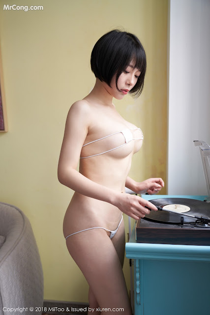 Hot girls Teen Short hair does not like wear Underwear 11
