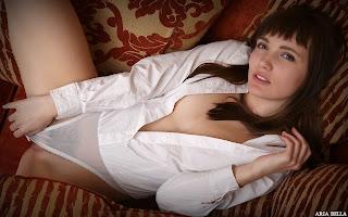 热裸女 - Aria%2BBella-S01-002.jpg