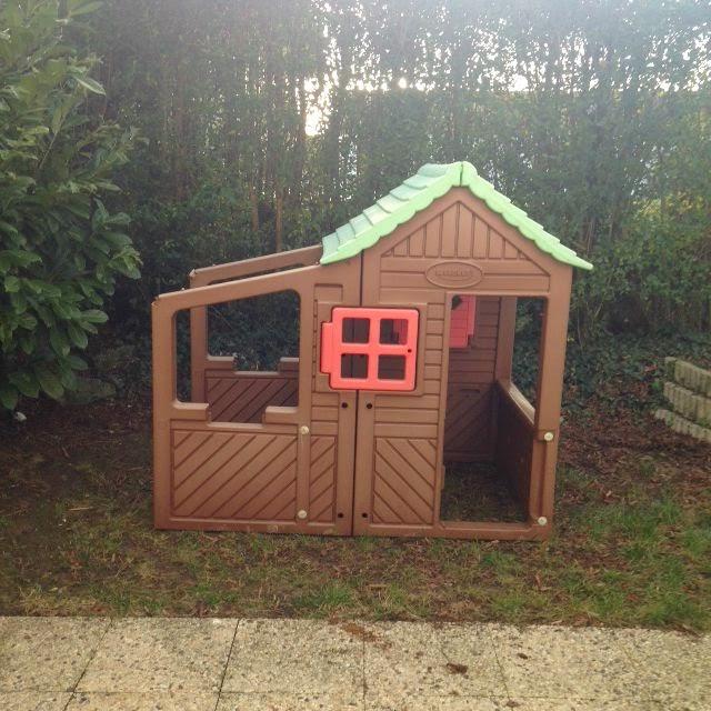 maison jardin pour enfant plastique effet bois