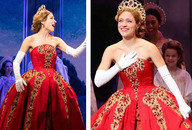 Vestido vermelho Anastasia Musical