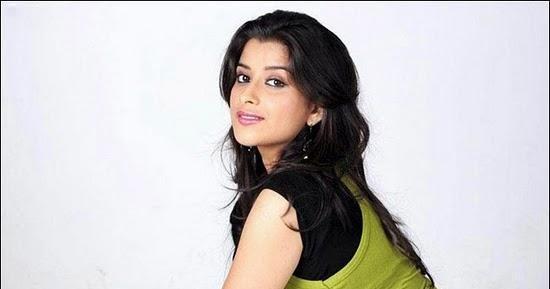 Bollywooddress: Madhurima Banerjee Hot 1