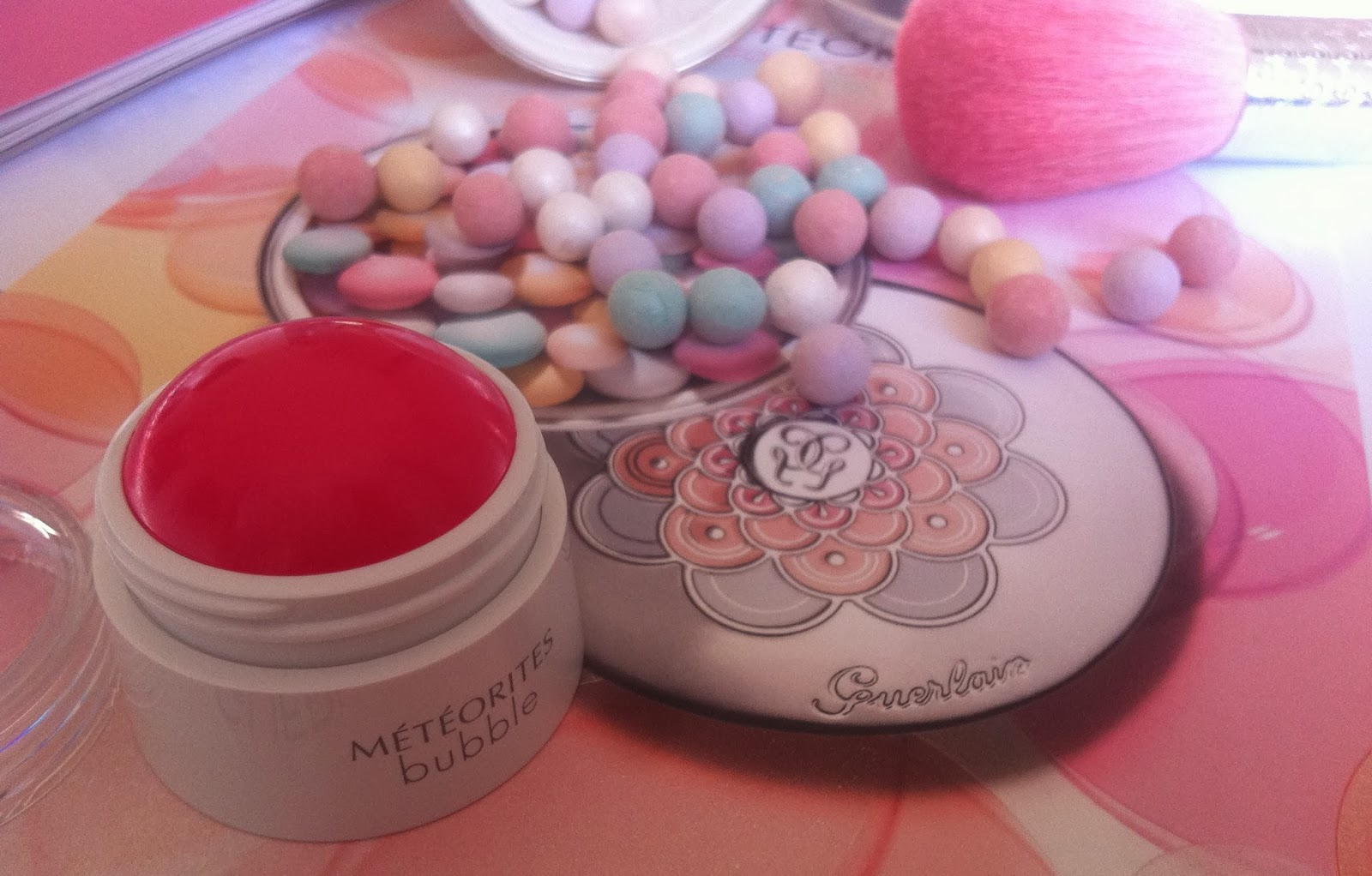 Guerlain make up spring 2014 Météorites Blossom Collection, météorites pinceau poudre, météorites bubble blush cherry
