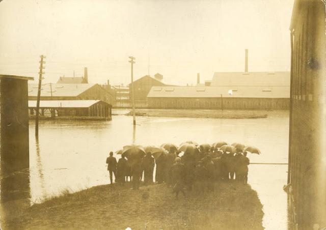 Montgomery County Library 1913 Flood Photo Archives, Dayton, Ohio