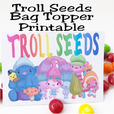 These Troll Seeds bag toppers are the perfect give for our Trolls birthday party! They are quick and easy to put together and so stinkin' cute. Print them out for free now and bring a smile with Princess Poppy and the Trolls squad. #trolls #squadgoals #bagtopper #partyfavor #diypartmomblog