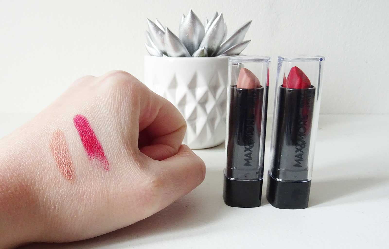 Matt Lipsticks Max & More swatches