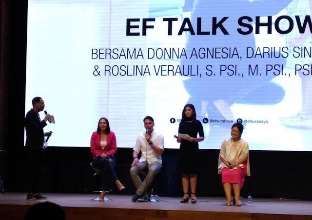 EF Talkshow di Surabaya