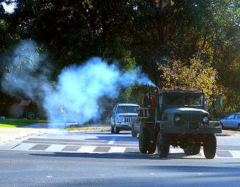 Vehicle emitting blue smoke, what does the colour of vehicle smoke means
