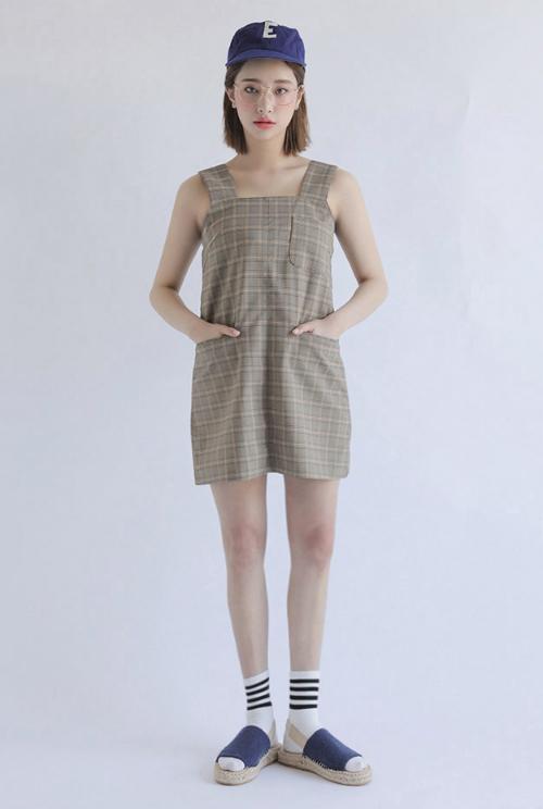Tartan Square Neck Sleeveless Dress