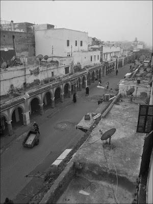 Essaouira sous la grisaille en noir et blanc