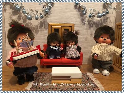 kiki monchhichi noël christmas tradition  grèce Καλά Χριστούγεννα