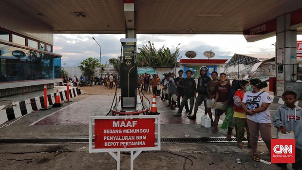 Kenaikan Harga BBM Bisa Goyang Elektabilitas Jokowi